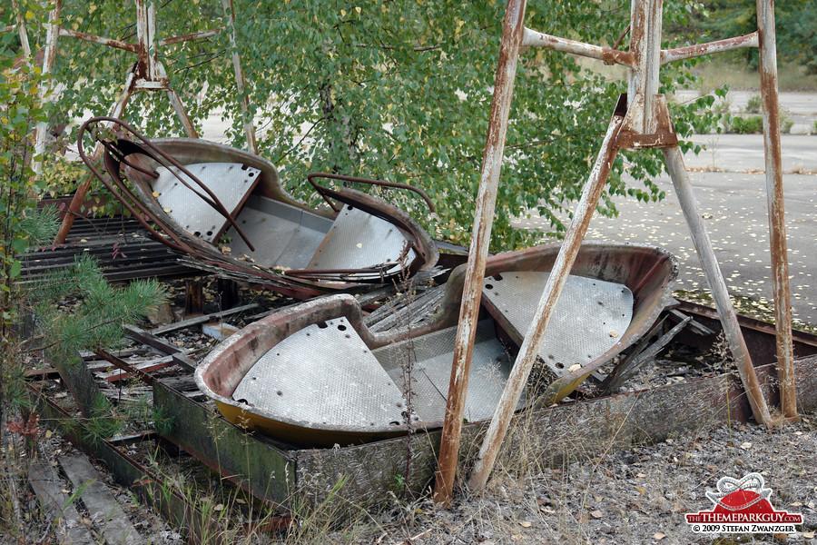 Abandoned swingboats
