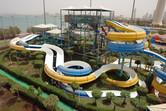 Aqua Park Kuwait slides