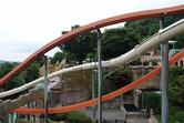 Intertwining body slides