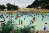 Caribbean Bay wave pool