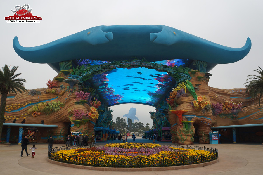 Chimelong Ocean Kingdom - photographed, reviewed and rated by The ...
