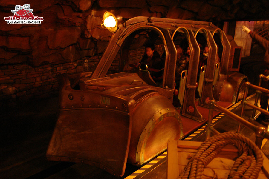 The absolutely ingenious Journey to the Center of the Earth ride vehicle