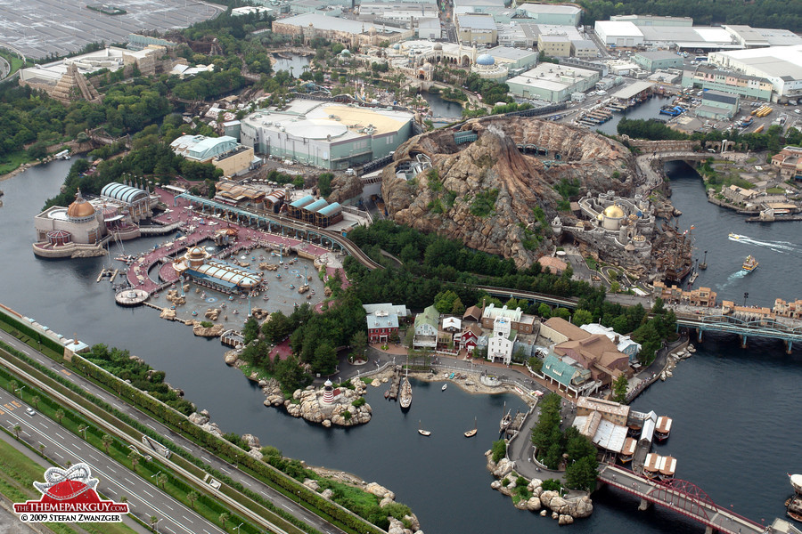 Disneysea photographed reviewed and rated by the theme park guy tokyo disneysea aerial sciox Image collections