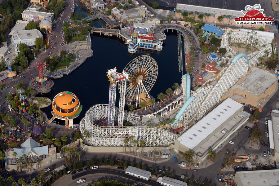 Paradise Pier section from above