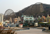 Everland's legendary wooden roller coaster (closed on this photo)