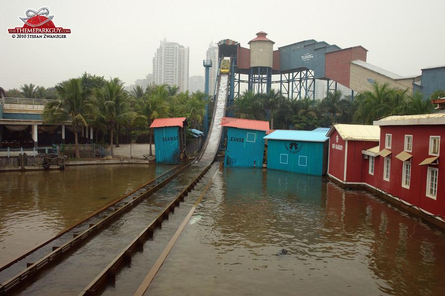 Shoot-the-Chutes splash ride