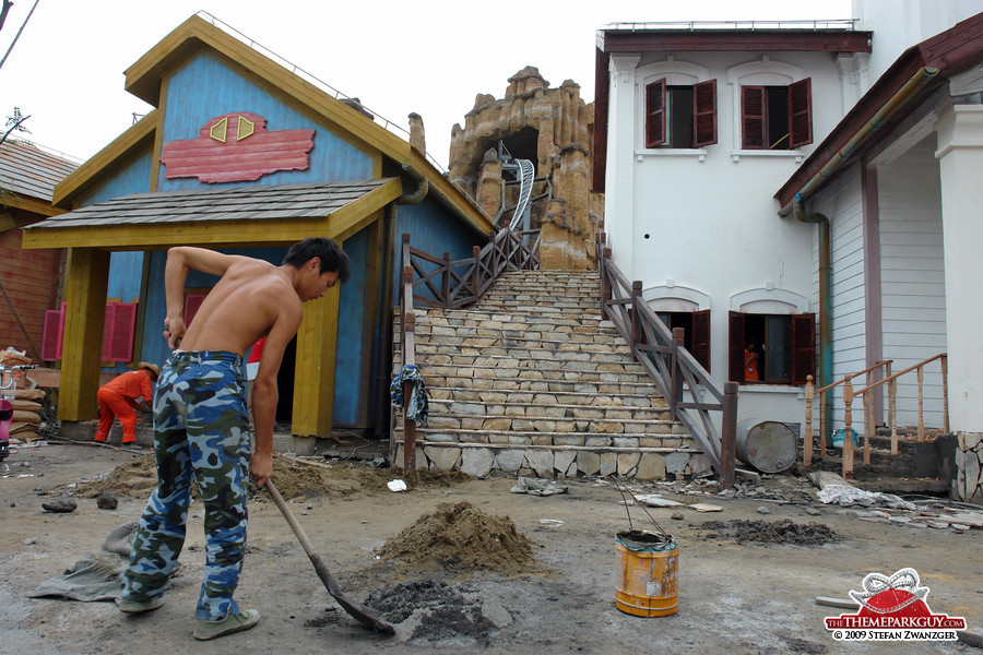 Chinese man building the Wild West