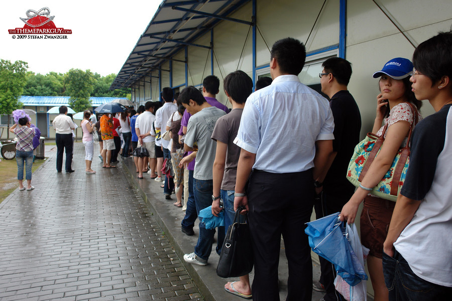 Queuing for annual passes prior to opening