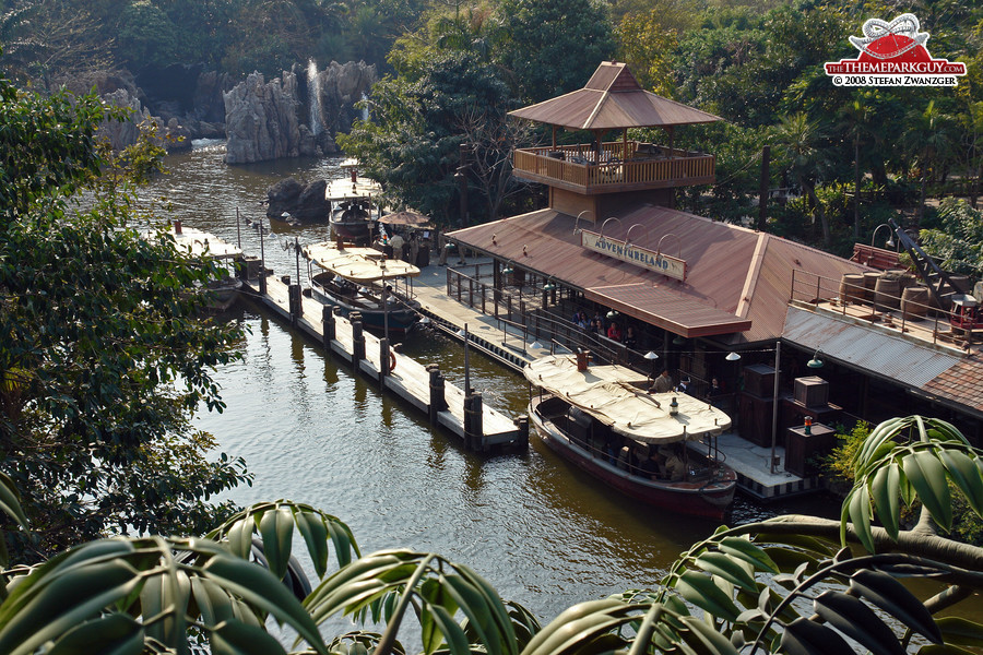 Jungle Cruise loading station