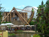 Swingboat, mummy building, coaster