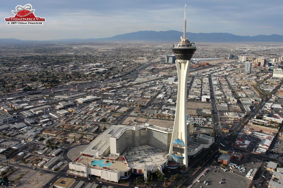 Theme Park Las Vegas On Top Of Building