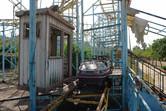 Roller coaster loading station