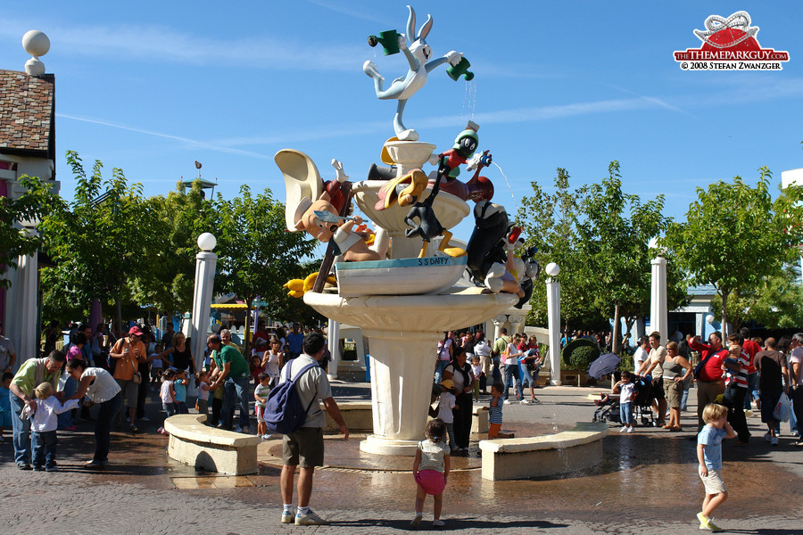 parque warner madrid    theme park guy