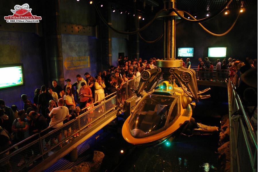queuing-for-the-sea-odyssey-dark-ride-big.jpg
