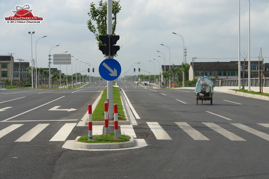 Shanghai Disneyland access roads, June 2012