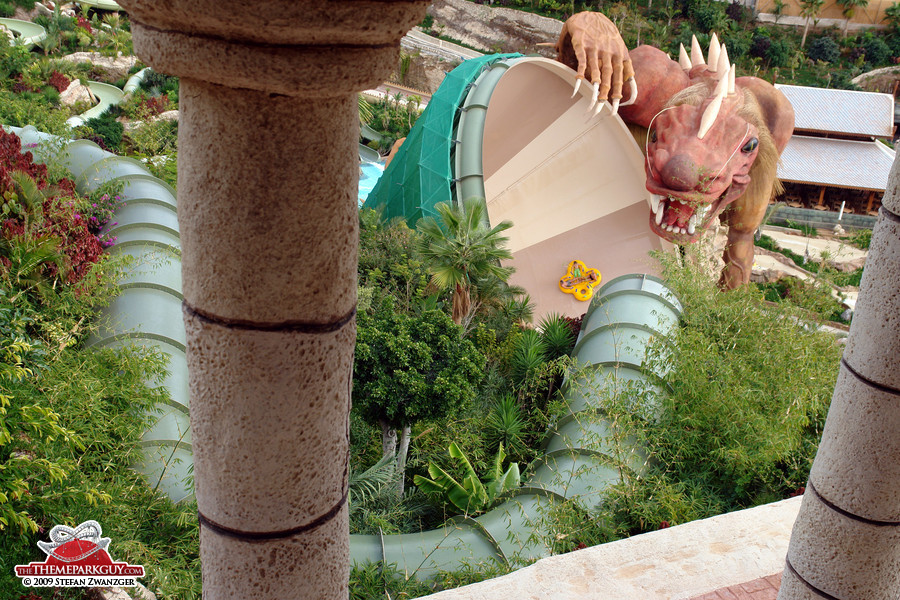 Dragon funnel slide