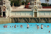 Thumbs up for this wave pool