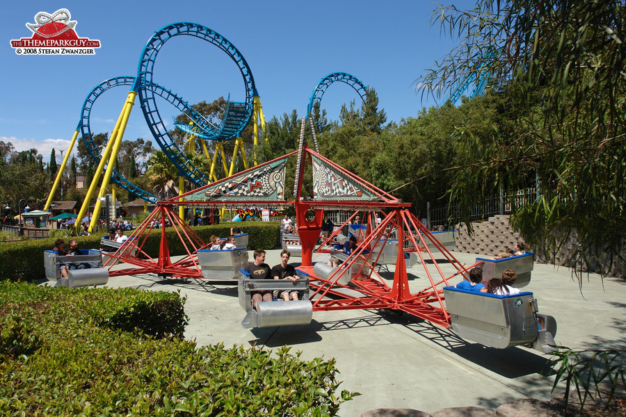 Six Flags Discovery Kingdom - photographed, reviewed and