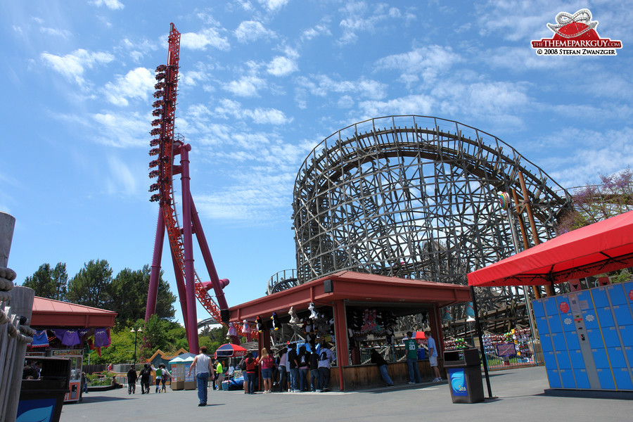 Six Flags Discovery Kingdom - photographed, reviewed and rated by ...