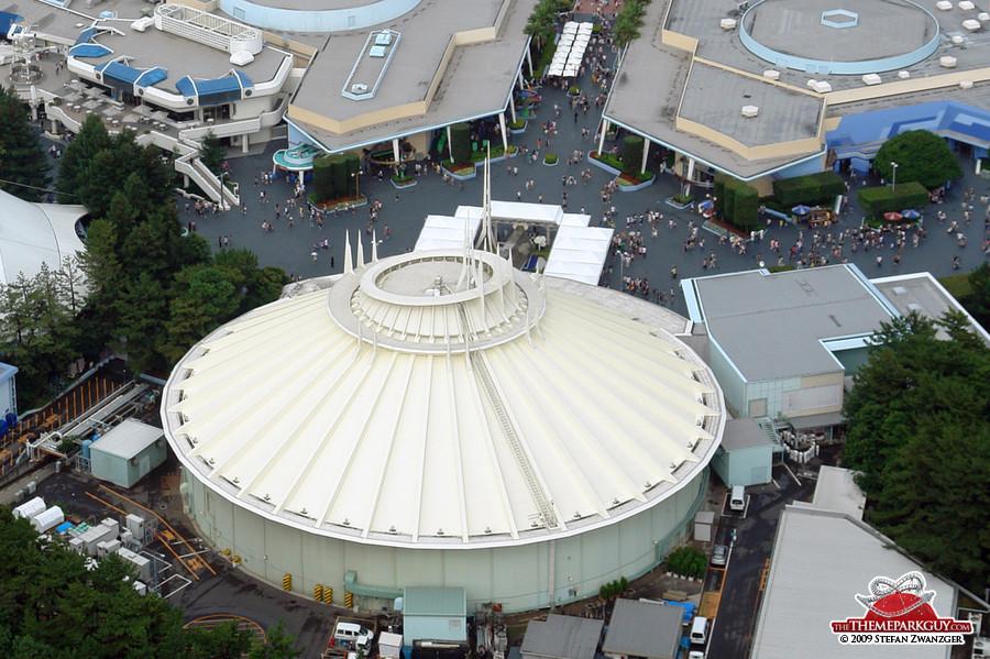 Space Mountain, Tokyo Disneyland