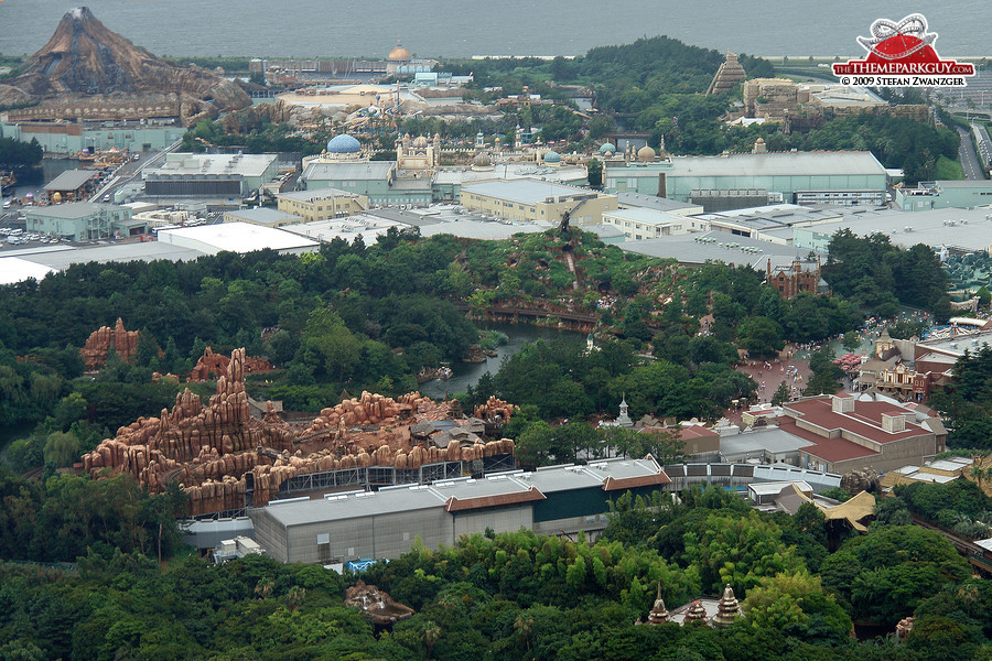 The best attractions Disney ever built, all in one picture (including DisneySea)