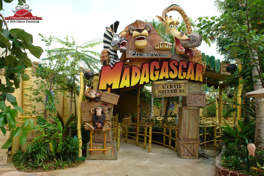 3-Park Tickets allow guests access to Universal Studios Florida™, Universal's Islands of Adventure™ and Universal's Volcano Bay™ water theme park. Universal Orlando Resort™ Coming face to face with King Kong and swinging side by side with Spider-Man are all in a day's work at Universal Orlando 96%(55).
