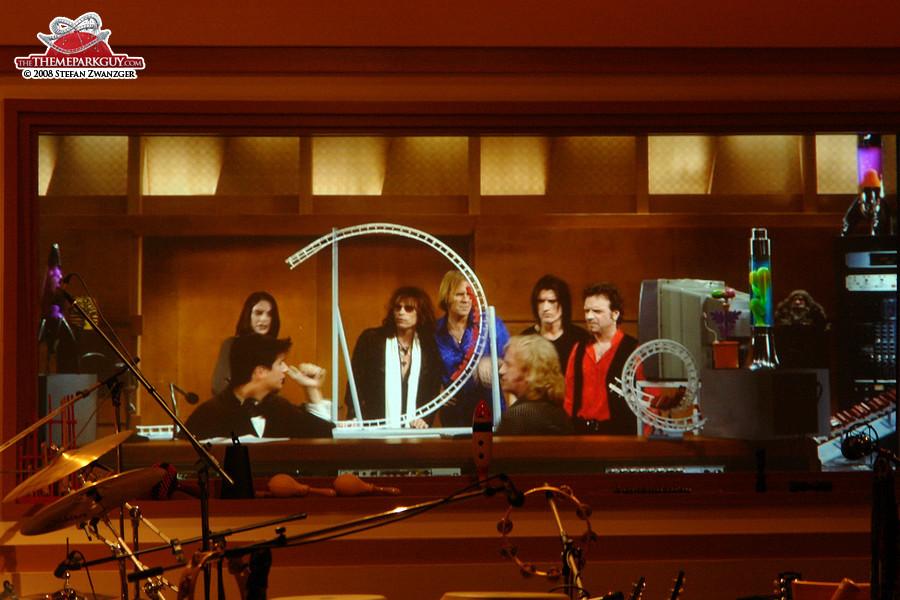 Rock 'n' Roller Coaster pre-show starring Aerosmith