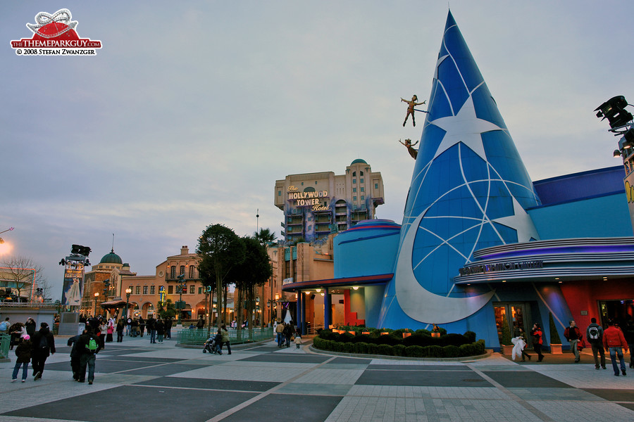 Walt Disney Studios turn romantic in the evenings