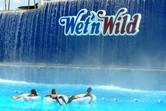 Wet'n Wild guests