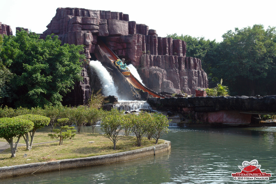 Flume ride plunge